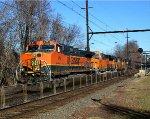 BNSF 975 leads K138